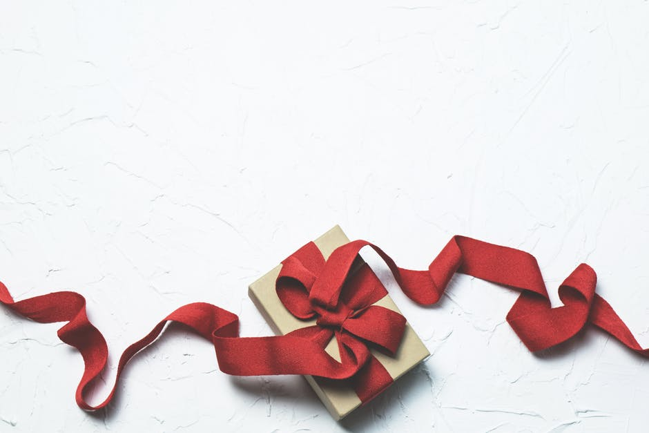 11 Holiday Gift Ideas for Every Type of Client